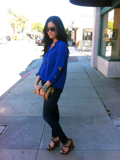 Glam latte_Outfit_Royal blue top