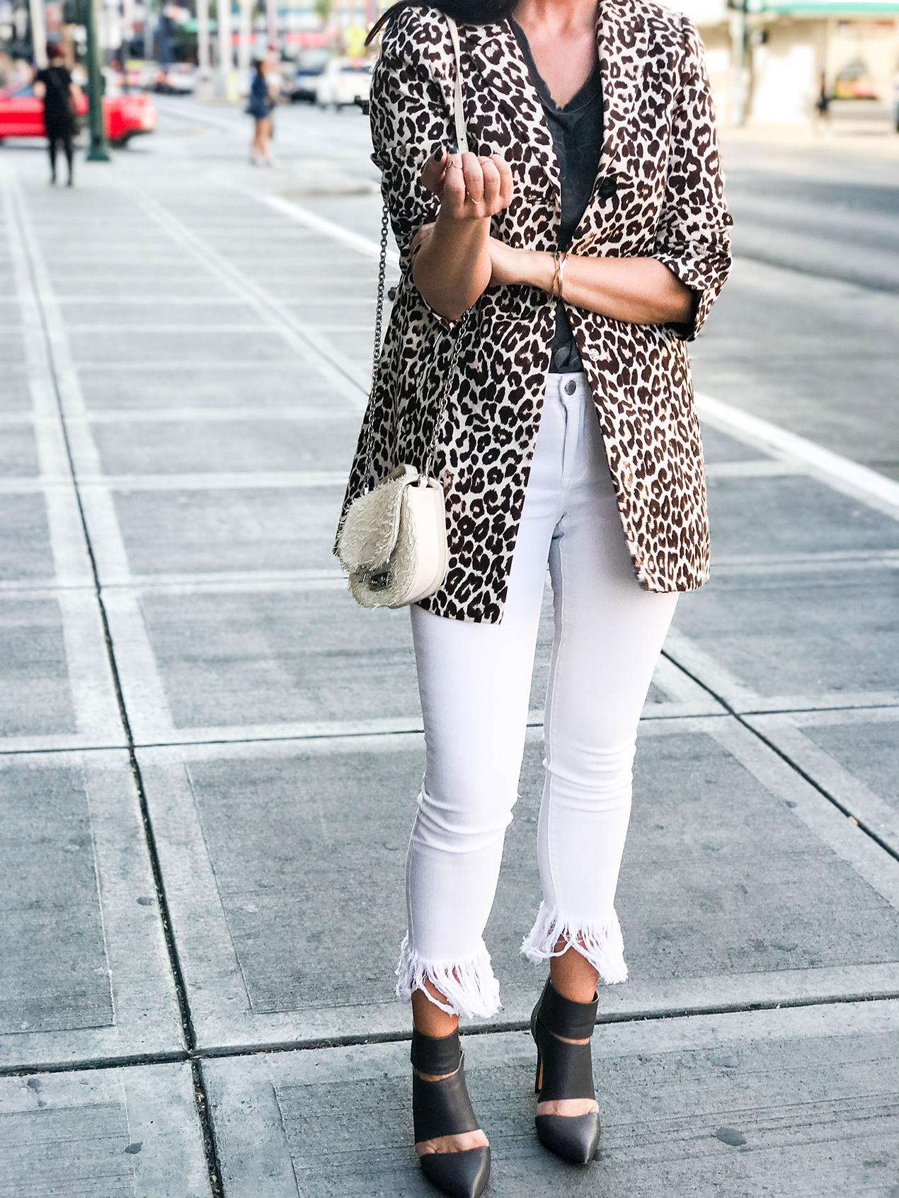 white jeans-c-31