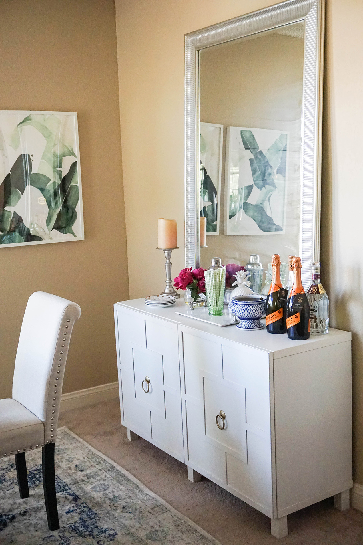 5 Ways To Decorate An Apartment On A Budget Glam Latte